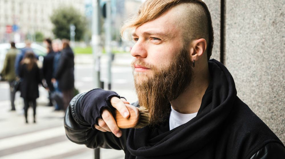 comb or brush for beard