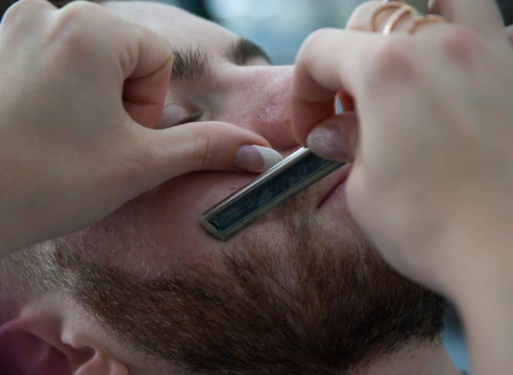 how to keep a straight razor sharp