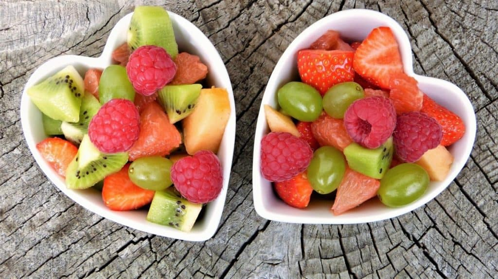 fruits that makes you look younger and fresh