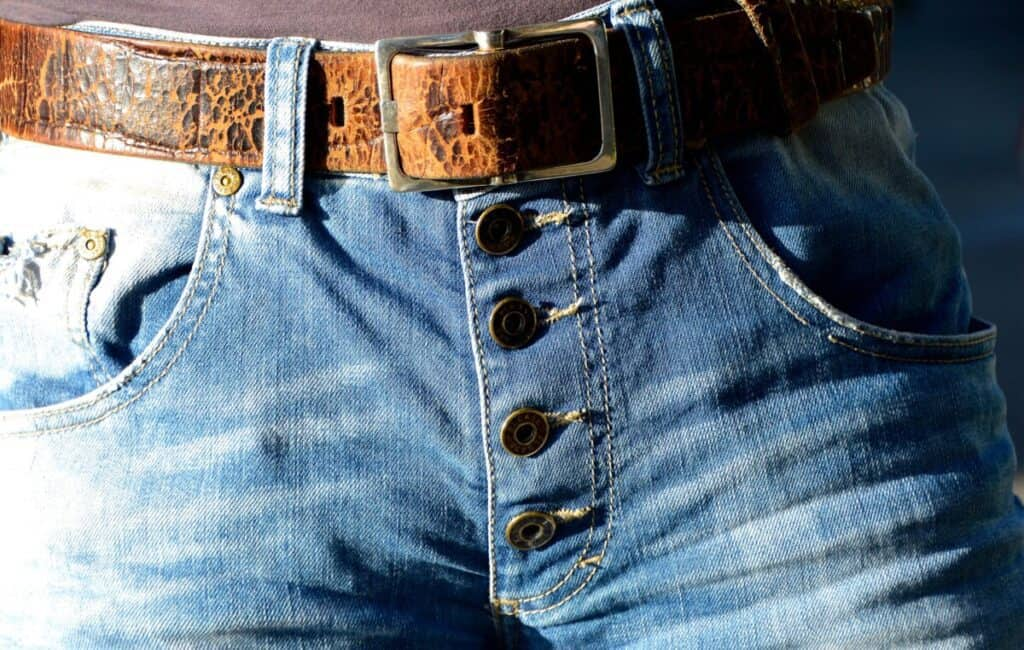 how to tighten pants without belt