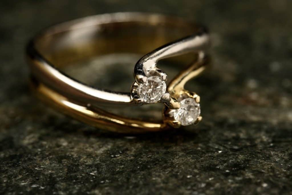 Do guys get engagement rings