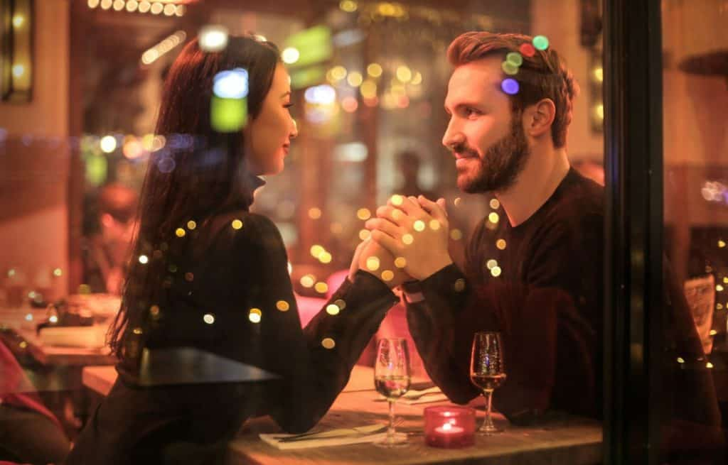 How long should you date a guy before becoming exclusive