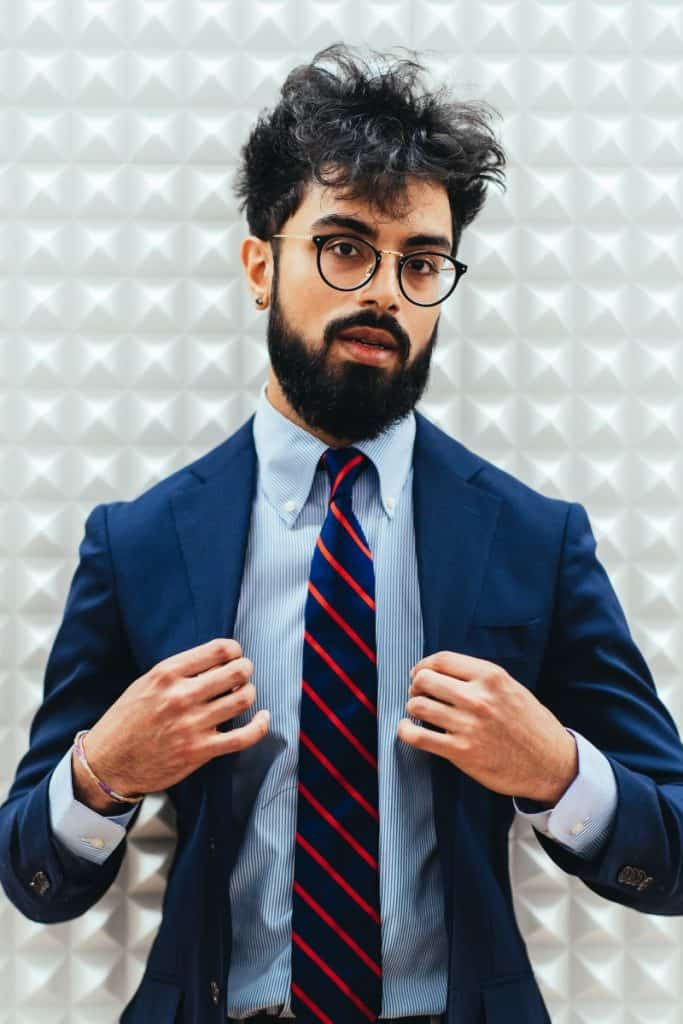 How are bespoke suits made