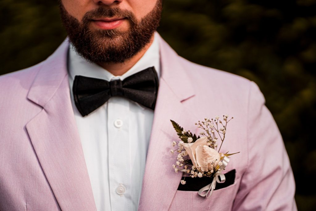 What to look for in tuxedo shoes