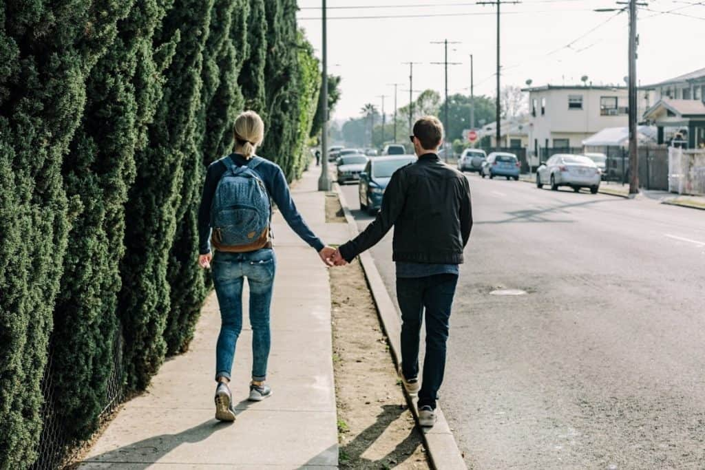 how long should you date before asking to be girlfriend